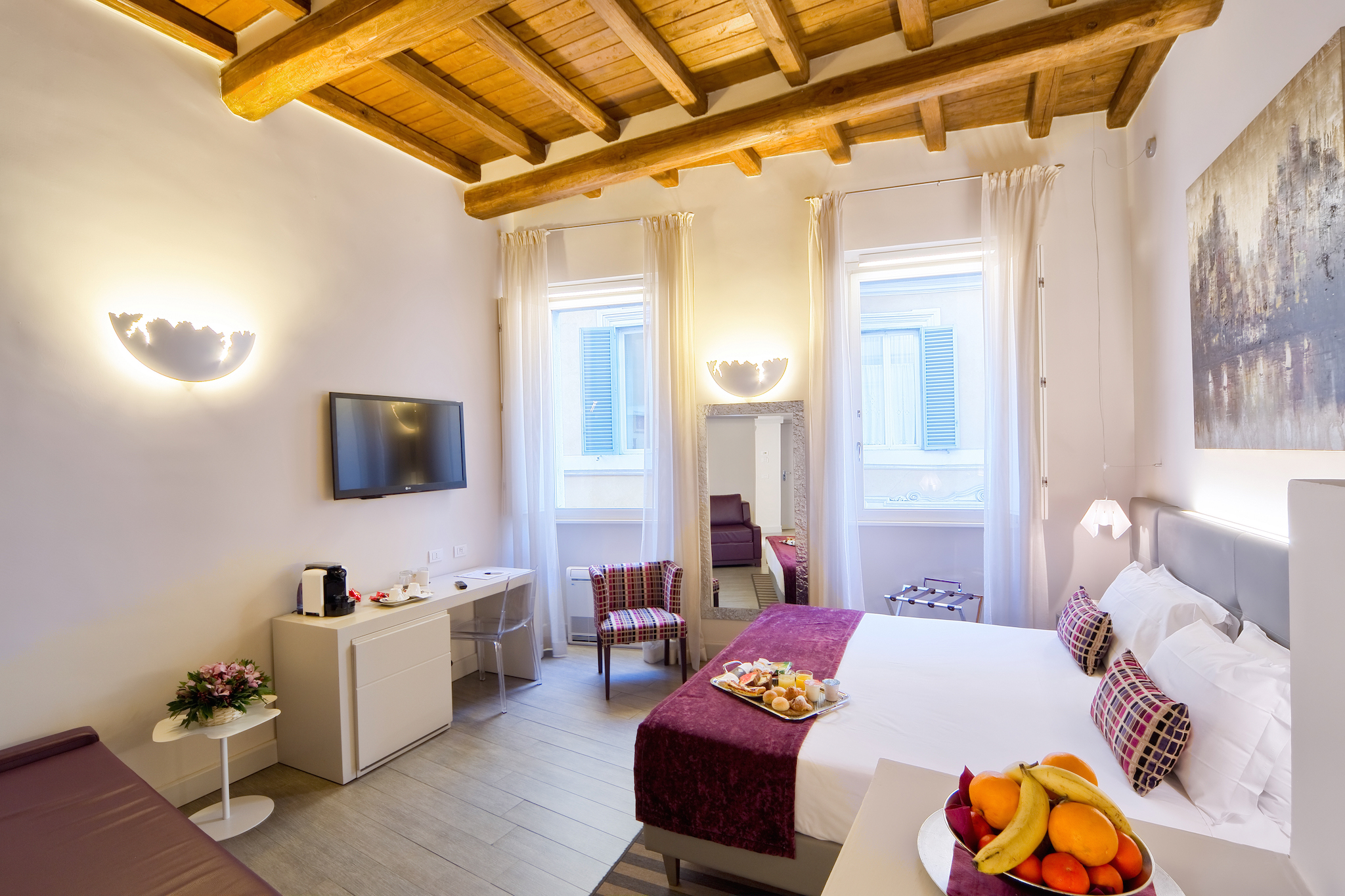 Trevi Palace Luxury Inn | Rome | Comfortable and spacious